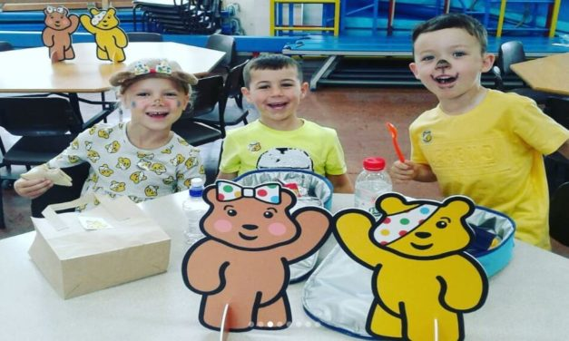 Asda Warrington hosts a Picnic for Pudsey!
