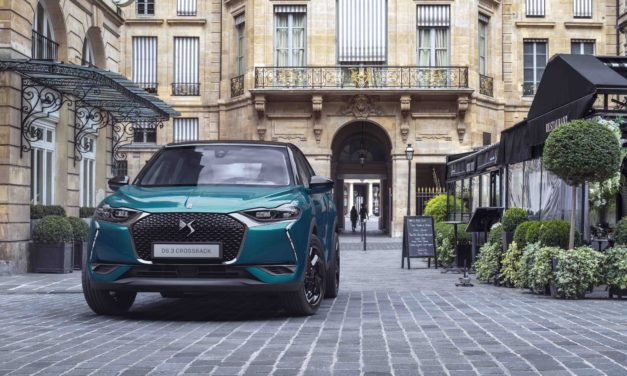 DS 3 CROSSBACK: ICON OF HIGH TECH STYLE