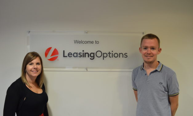 LeasingOptions.co.uk Daring Duo Head For the Skies For Charity Jump